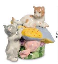 CMS-15/96 Статуэтка «Котята на подушке»  Pavone