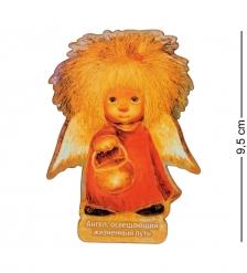 ANG-548 Магнит деревянный  Ангел освещающий жизненный путь