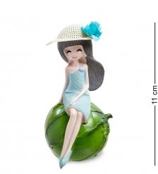 MN-108/1 Фигурка  Девочка в шляпе