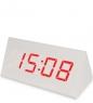 ЯЛ-07-21/ 1 Часы электронные бол. треугольные  белые с красным циферблатом