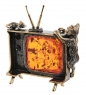 AM-3056 Фигурка «Кот и мышь на телевизоре»  латунь, янтарь