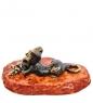 AM-3069 Фигурка «Котик с мышкой на подставке»  латунь, янтарь