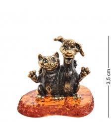AM-3073 Фигурка «Кот и Пес друзья»  латунь, янтарь