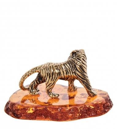 AM-3184 Фигурка «Тигр на подставке»  латунь, янтарь
