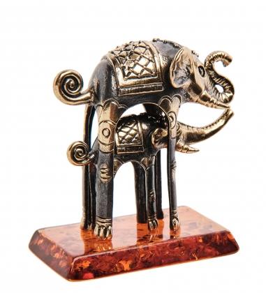 AM-3262 Фигурка «Слоны Дали»  латунь, янтарь