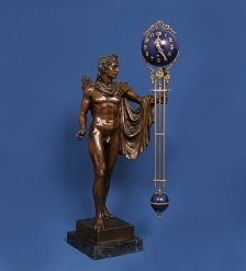 HXC-004 Фигура бронзовая с часами Аполлон