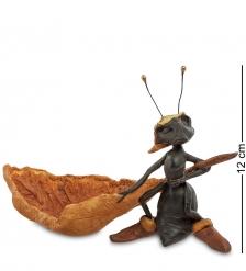 ED- 51 Фигурка  Муравей с каноэ