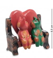 28-027 Статуэтка mini КОТ и КОШКА на диване с сердцем