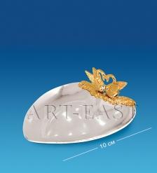 AR-1156 Блюдце-сердце с лебедями  Юнион