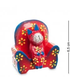 28-009 Статуэтка КОШКА на диване, цвет-красный