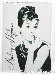 Обложка для паспорта О.Хепберн