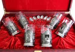 Набор из шести никелированных подстаканников Золотое кольцо России в большой шкатулке