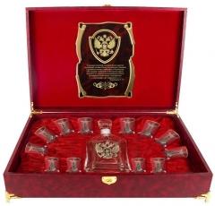 Набор Штоф Капитол и 12 стопок(золотая кайма) Кремль(латунь) Гос.человек  шкатулка  с музыкальным блоком