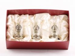 Набор стопок 3 шт с латунным основанием и накладкой Герб СССР (латунь)  в коробке пейсли