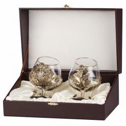 Набор из двух бокалов для коньяка Охота на Кабана (Дуб) и Медведь(Сосна) в скошенном футляре бумвинил