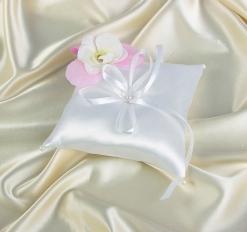 Подушечка для колец с цветами и бантиком, белая